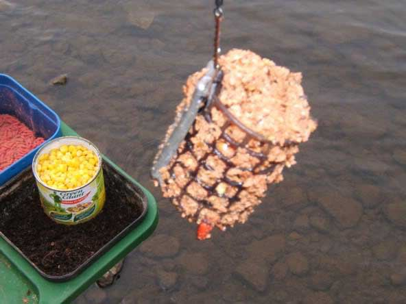 кормушки для ловли рыбы фото